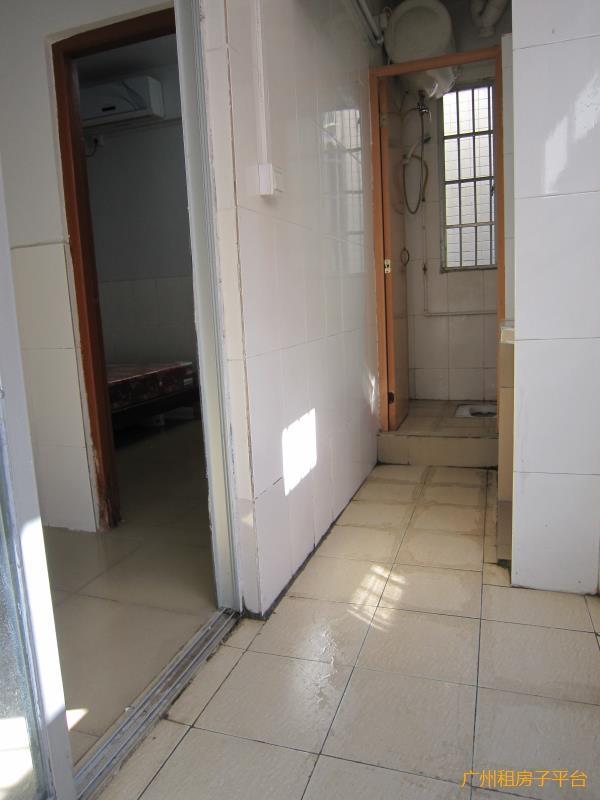 天河岑村两房一厅 光线超好 交通便利 仅需1200元